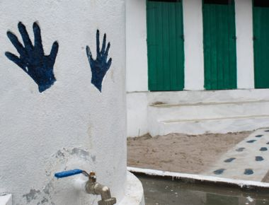 Handwashing station 1-min.jpg